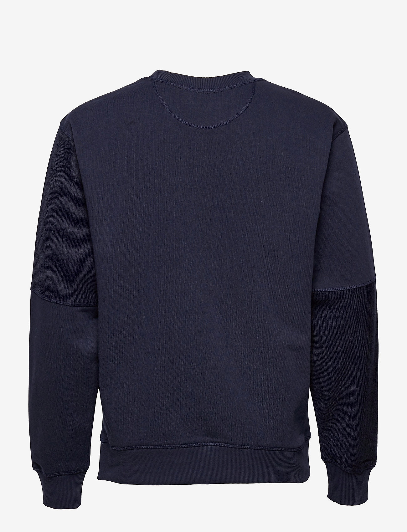 GANT - D2. PATCHED RELAXED C-NECK SWEAT - tops - classic blue - 1