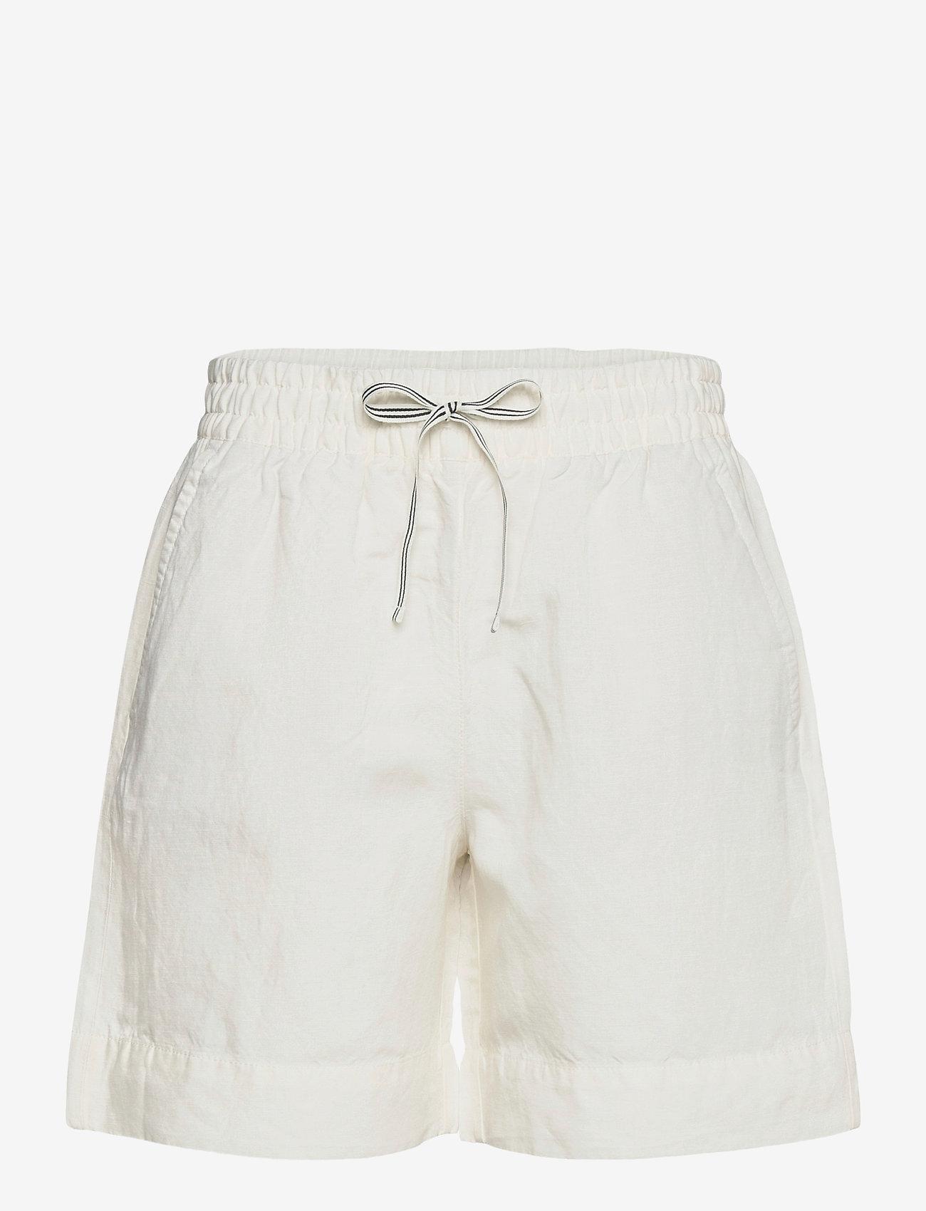 GANT - D2. SUMMER LINEN SHORTS - shorts casual - eggshell - 0