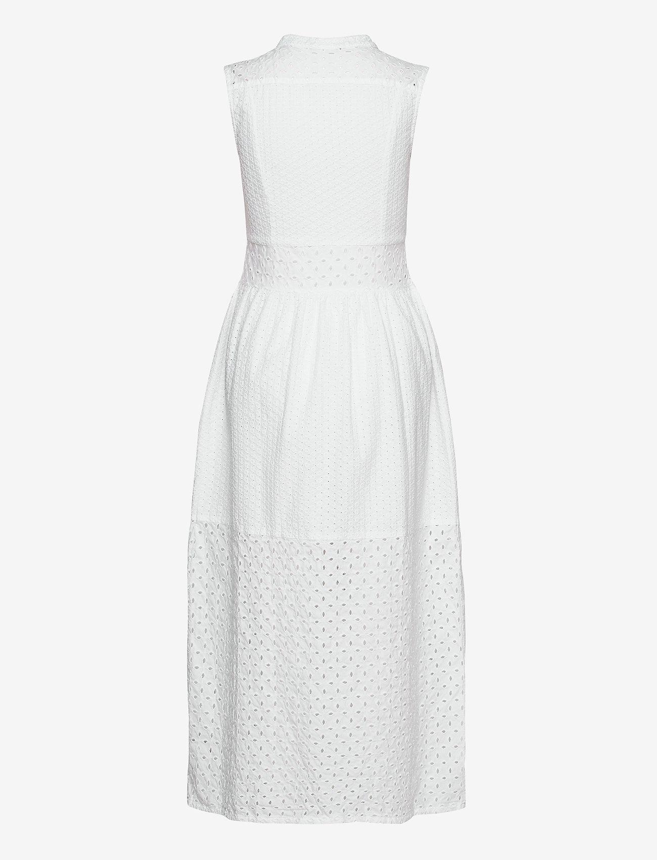 GANT - D1. BRODERIE ANGLAISE MAXI DRESS - midi dresses - white - 1