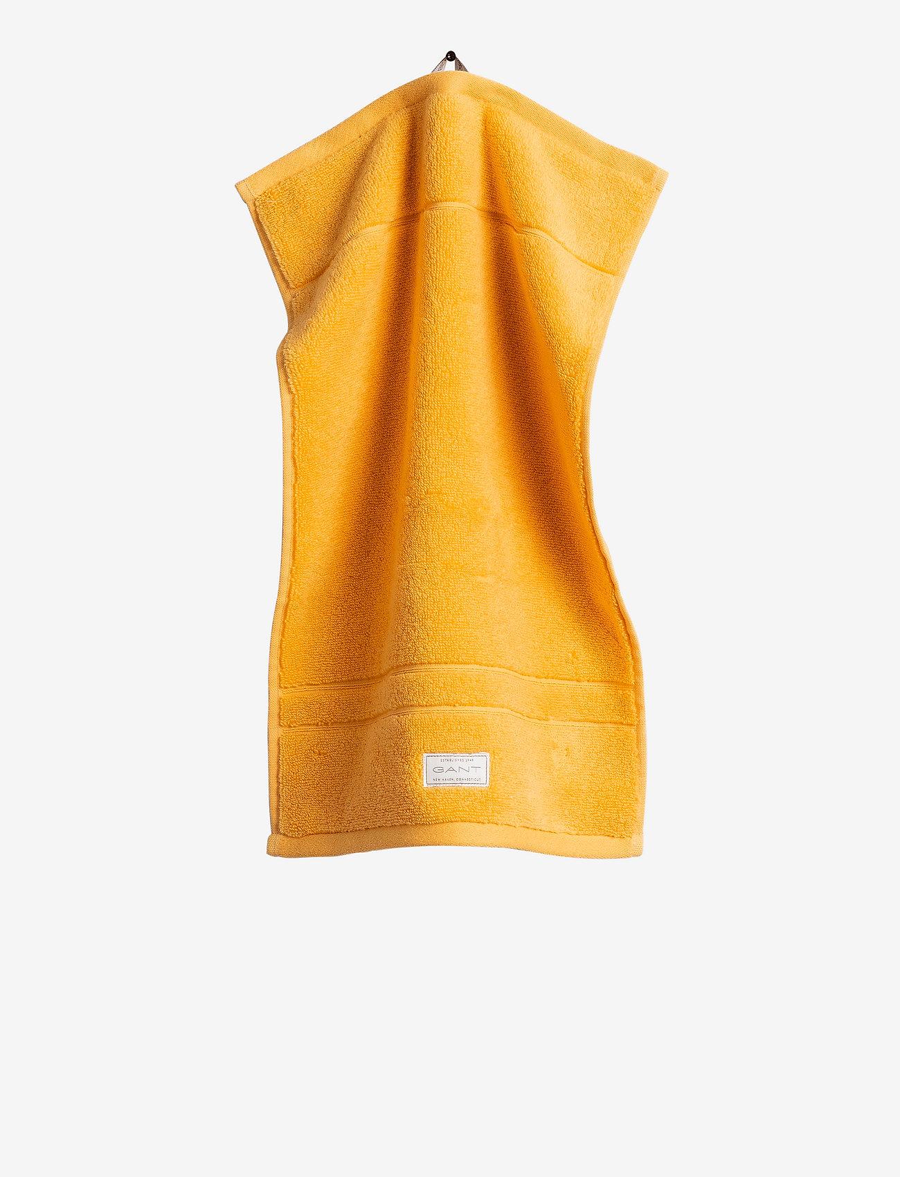 GANT - PREMIUM TOWEL 30X50 - hand towels & bath towels - mandarin orange - 0