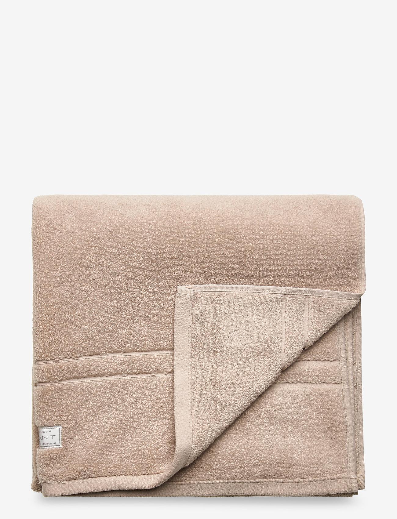 GANT - ORGANIC PREMIUM TOWEL 70X140 - towels - dry sand - 0