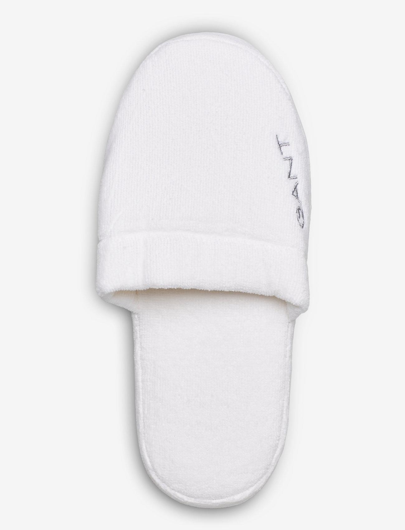 Premium Velour Slippers (White) - Gant