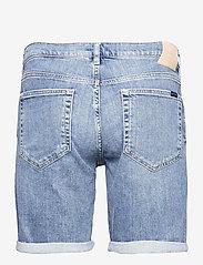 GANT - D1. REGULAR GANT JEANS SHORTS - denim shorts - light blue vintage - 1