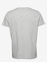 GANT - D1. MEDIUM SHIELD SS T-SHIRT - basic t-shirts - light grey melange - 1