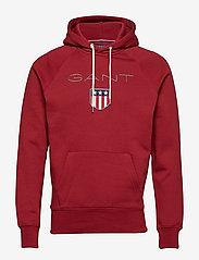 GANT - SHIELD HOODIE - hoodies - mahogany red - 0