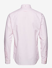 Gant - SLIM OXFORD SHIRT BD - basic shirts - light pink - 1