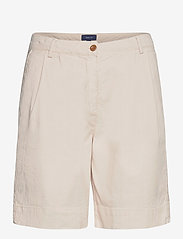 GANT - D1. HW PLEATED CITY SHORTS - chino shorts - putty - 0
