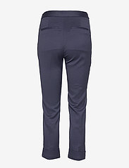 Gant - D1. SIGNATURE WEAVE CIGARETTE PANT - suorat housut - evening blue - 1