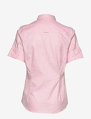 GANT - STRETCH OXFORD SOLID SS SHIRT - overhemden met korte mouwen - light pink - 1