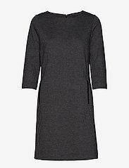 Gant - D1. DOGTOOTH JERSEY CL SHIFT DRESS - midimekot - dark grey melange - 0