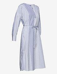 GANT - D1. MIX STRIPE KAFTAN DRESS - shirt dresses - blue bell - 5