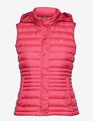 GANT - O1. LIGHT DOWN VEST - vester - love potion - 1