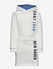 GANT - D1. GANT COLOR HOODIE DRESS - kleider - eggshell - 0