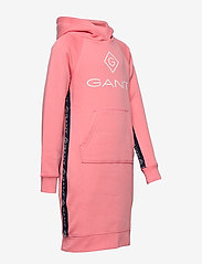 GANT - D1. LOCK UP STRIPE HOODIE DRESS - kjoler - strawberry pink - 3