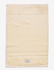 GANT - ORGANIC PREMIUM TOWEL 30X50 - hand towels & bath towels - eggshell - 0