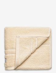 GANT - PREMIUM TOWEL 50X70 - pyyhkeet & kylpypyyhkeet - eggshell - 0
