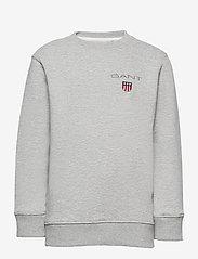 GANT - D1. MEDIUM SHIELD SWEAT C-NECK - sweatshirts - light grey melange - 0