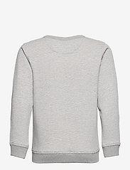 GANT - ARCHIVE SHIELD EMB C-NECK - sweatshirts - light grey melange - 1