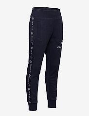 GANT - D1. LOCK UP STRIPE PANTS - jogginghosen - evening blue - 2
