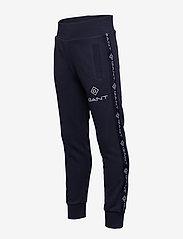 GANT - D1. LOCK UP STRIPE PANTS - jogginghosen - evening blue - 3