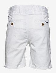 Gant - CHINO SHORTS - shorts - white - 1
