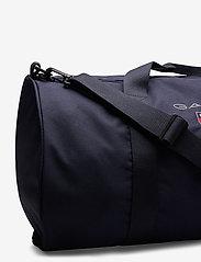 GANT - D1. MEDIUM SHIELD GYM BAG - totes & small bags - evening blue - 4