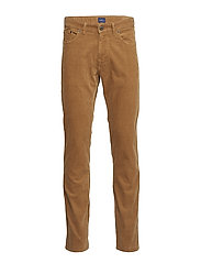 O1. SLIM CORD JEANS - ROASTED WALNUT