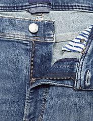 GANT - D1. SLIM ACTIVE-RECOVER JEANS - slim jeans - mid blue vintage - 3