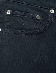 GANT - D2. REGULAR SOFT TWILL JEANS - regular jeans - navy - 2