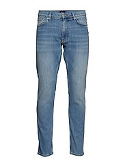 D1. TAPERED GANT JEANS - LIGHT BLUE WORN IN