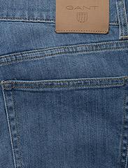 GANT - SLIM GANT JEANS - slim jeans - semi light indigo worn in - 4