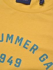 D2. SUMMER GRAPHIC SS T-SHIRT