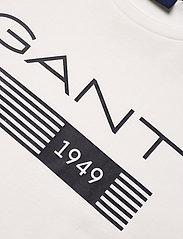 GANT - D1. 13 STRIPES SS T-SHIRT - short-sleeved t-shirts - eggshell - 2