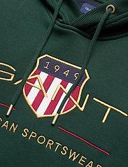 GANT - ARCHIVE SHIELD HOODIE - hoodies - tartan green - 2