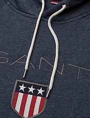 GANT - SHIELD HOODIE - hoodies - dark jeansblue melange - 2