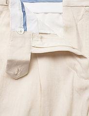 GANT - D2. STRETCH LINEN SHORTS - chino shorts - putty - 3