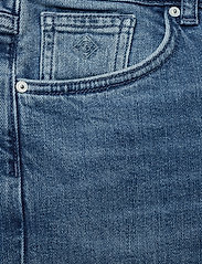 Gant - D1. SLIM BLUE CAPRI DENIM - straight jeans - light blue worn in - 2