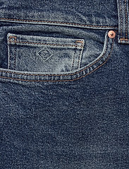 GANT - D1. CROPPED BOYFRIEND JEANS - dżinsy chłopaka - semi light blue broken in - 2