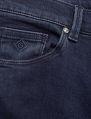 GANT - D1. SLIM BOOTCUT JEANS - boot cut jeans - dark blue broken in - 2