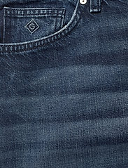 GANT - D1. CROPPED AUTHENTIC JEANS - straight jeans - dark blue broken in - 2