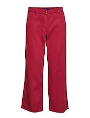 D1. CROPPED SLIM SLOUCH - MAHOGNY RED