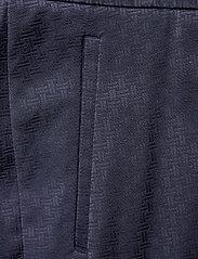 Gant - D1. SIGNATURE WEAVE CIGARETTE PANT - suorat housut - evening blue - 2