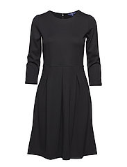 O1. CLASSIC DAYWEAR DRESS - BLACK