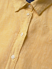 GANT - THE LINEN CHAMBRAY SHIRT - chemises à manches longues - mimosa yellow - 2