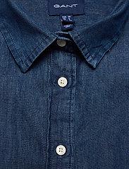 GANT - D1. LUXURY CHAMBRAY - jeansblouses - lt indigo - 2