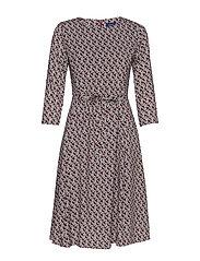 D1. AUTUMN PRINT DRESS - MAHOGNY RED