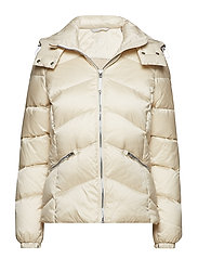 O2. CLASSIC DOWN JACKET - PUTTY