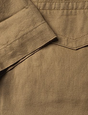 Gant - D2. BELTED FIELD JACKET - vestes legères - dark khaki - 4