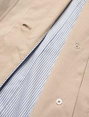 GANT - D1. TP RAIN MAC - cienkie płaszcze - dry sand - 4