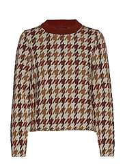 D1. CHECKED PATTERNED CREW - ALL OVER PRINT